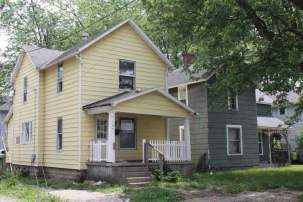 164 Dix Street- Marion- Ohio 43302, 2 Bedrooms Bedrooms, ,1 BathroomBathrooms,Residential,For Sale,Dix,215035818