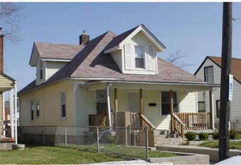 1044 13th Avenue- Columbus- Ohio 43211, 3 Bedrooms Bedrooms, ,1 BathroomBathrooms,Residential,For Sale,13th,213033514
